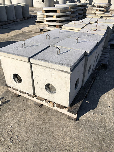 4 Hole Distribution Box